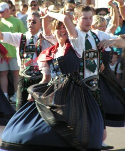 2012-september-october-1859-willamette-valley-oregon-mount-angel-traditional-dancing-oktoberfest