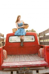 2012-summer-1859-central-oregon-bend-tumalo-cover-shoot-behind-the-scenes-truck-standing-bed-carrie-cook-minns-blackberries