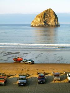2012-winter-oregon-coast-outdoors-pacific-city-haystack-rock