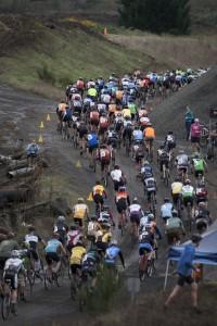 2013-jan-feb-1859-magazine-portland-oregon-cyclocross-cross-crusade-peloton-start