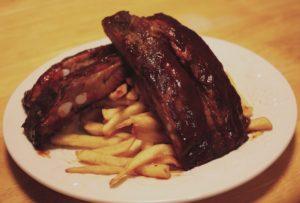2013-january-february-1859-magazine-willamette-valley-oregon-eugene-papas-soul-food-kitchen-ribs-fries