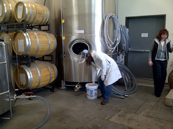 2014_May_June_Oregon_Distillery_4
