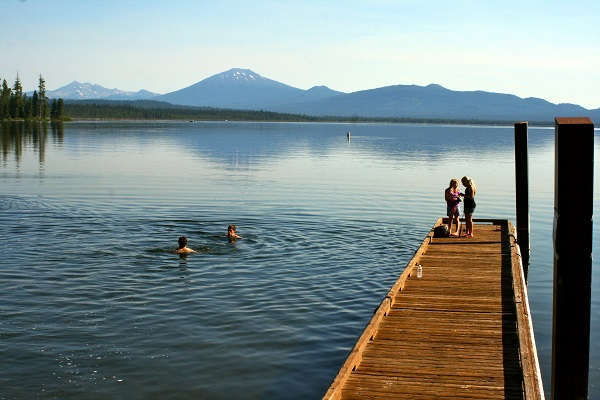 Cascade_Lakes_Dock_Swim_Oregon