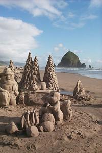 cannon-beach-sandcastle-festival-oregon-coast-art
