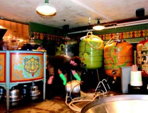 2010-Winter-Oregon-Drink-Beer-History-Portland-mcmenamins-painted-brew-tanks