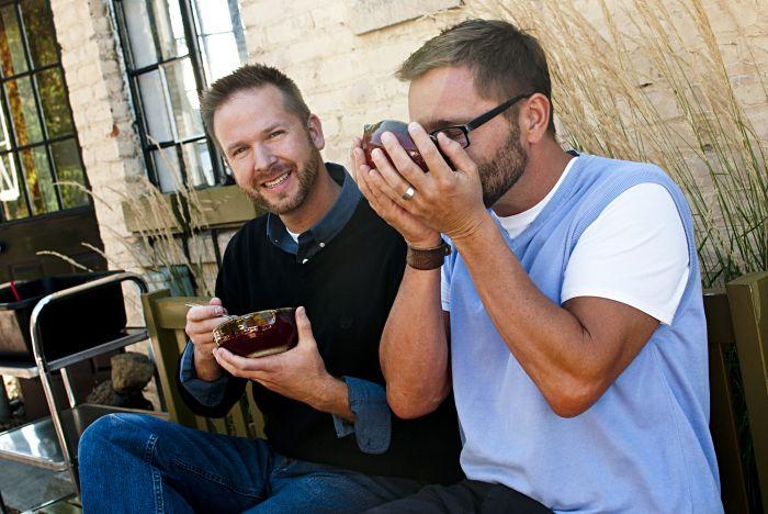 2012-november-december-1859-central-oregon-bend-empty-bowls-pottery-fundraiser-chris-quaka-john-kinder-eating-soup