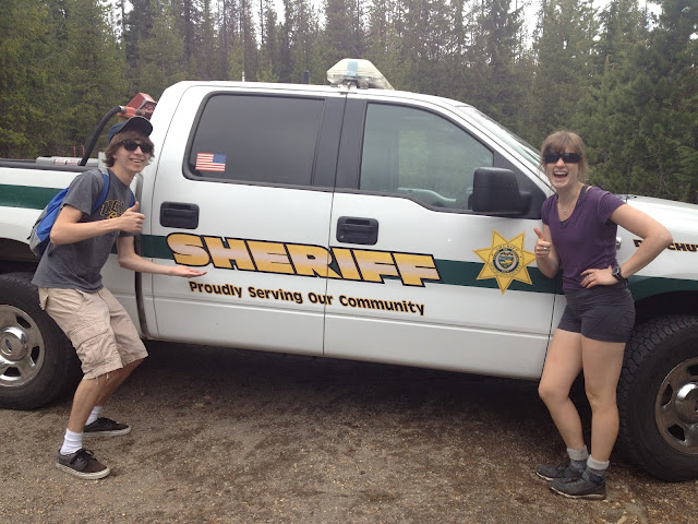 2012-november-december-1859-magazine-central-oregon-mt-hood-search-and-rescue-sheriffs-truck