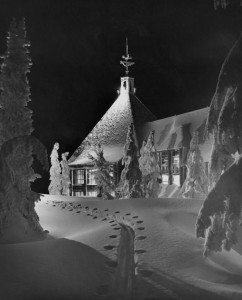 2012-november-december-1859-magazine-oregon-winter-ray-atkeson-gallery-timberline-lodge-christmas-mt-hood