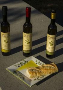 2012-november-december-1859-magazine-willamette-valley-oregon-dayton-oregon-olive-mill-olive-oil-three-offerings-bread-close-up