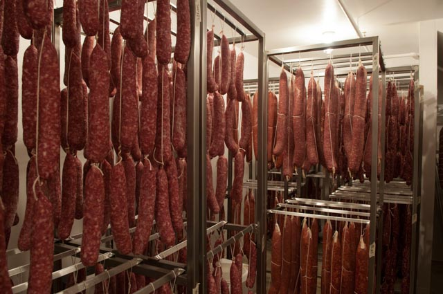 2013-march-april-1859-magazine-portland-oregon-farm-to-table-charcuterie-more-hanging-meat-at-chop