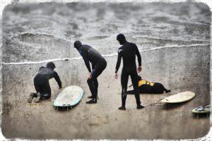 2013-may-june-1859-magazine-oregon-coast-surfing-ollie-richardson-teaching-moolack-beach-surfers