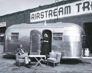 Airstream26-27
