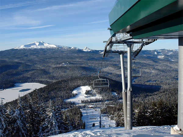 1859_Nov_Dec_2014_Outdoor_Skiareas_5