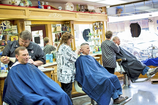 joni kabana, oregon barbershops, reminiscent therapy