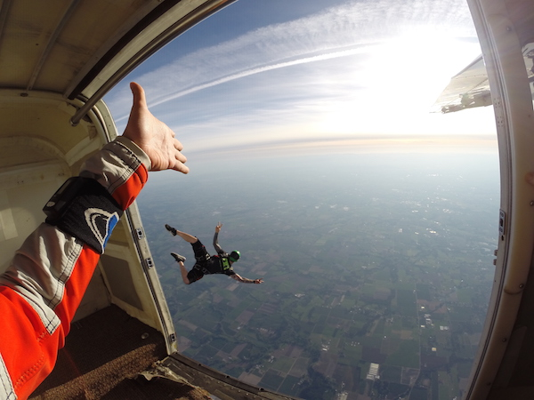 2015_Jul-Aug_Summer-Bucket_Molalla-Skydiving_003
