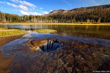 Oregon-Postcard_Lost-Lake-Drain-Hole_Sandy-Wilson_630x400