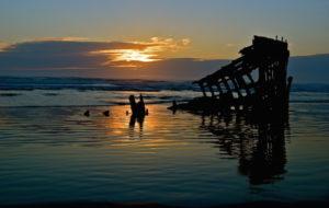 Oregon-Postcard_Peter-Iredale-Wreck_Brad-Robins_630x400