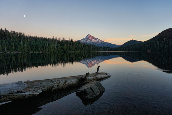 1859_web_accessible-hiking-lost-lake_peter-roome