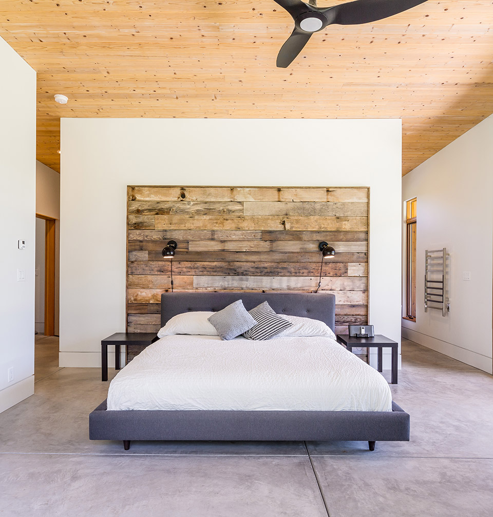 Oregon Home And Design Diy Create A Modern Wood Accent Wall