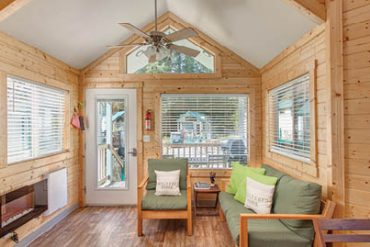 Tiny House Sheltered Nook