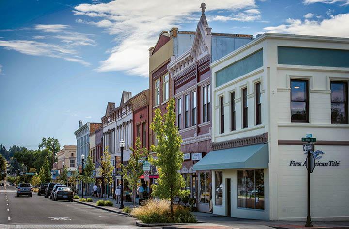 Best Places to Retire in Oregon: Dallas
