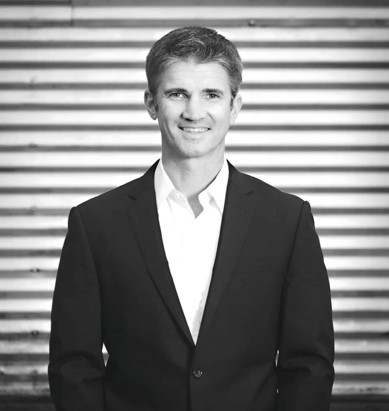 Bence Oliver is CEO of eWind.